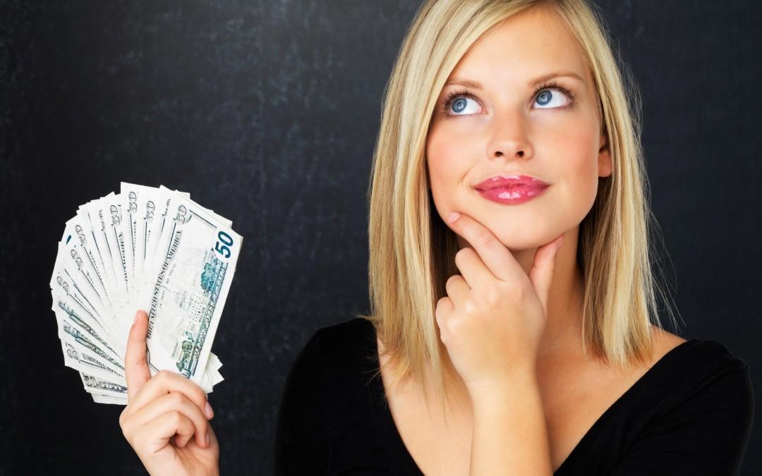 ¿Por qué las mujeres deben ahorrar más?